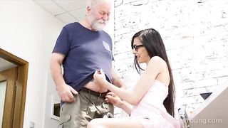 Young girl and old man sex video - Ashely Ocean - SD 480p