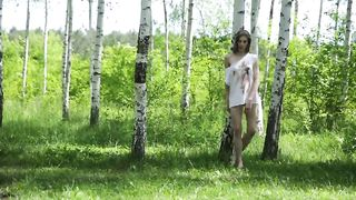 Russian 18 y. teen nude posing on nature - Anna R - SD 480p
