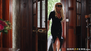 Turning On His Girlfriend's Mom - Rebecca Jane Smyth & Sam Bourne - HD 1080p