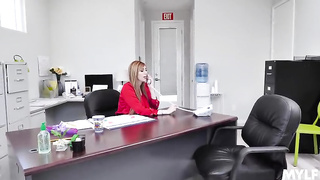 MILF boss seduce her coworker - Lauren Phillips - SD 480p