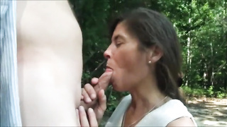 Mature woman loves to drink cum