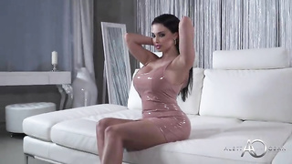 Latex Dream - Aletta Ocean