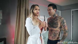 Brazzibots: Uprising Part 3 - Cali Carter & Small Hands