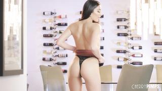 Emily Willis sexy stripping video HD 1080p