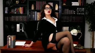 Sexy boss masturbate in the office - Valentina Nappi