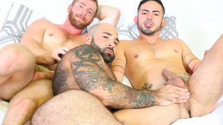 Threesome with big bear surprise