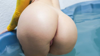 Fantastic PAWG bombshell oiled and pounded