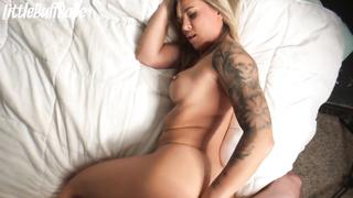 Little Buff Babe anal