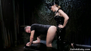 Dom wanking cock to bound male slave