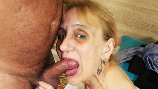 ugly skinny 84 years old mom deep fucked