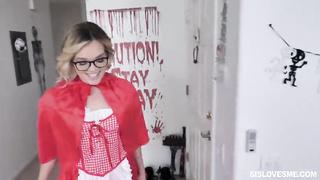 Porn Halloween 2019 SisLovesMe - DICK OR TREAT - Katie Kush
