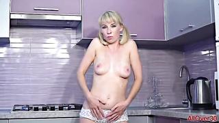 Free porn MILF 31 solo Lida MP4 2019 480p