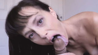 Nasty MILF jumped on the stepsons thing