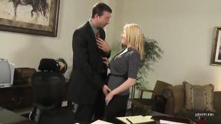 Boss secretary office fucking xxnxx video 2019 MP4 480p full Codi Carmichael