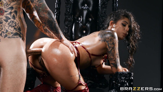 Brazzers Halloween 2019 - The Devil Inside - Gina Valentina Small Hands - HD 1080p