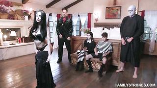 Family Strokes Halloween 2019 - Addams Family Orgy - Kate Bloom, Audrey Noir