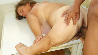 hairy bbw midget granny interracial fucked