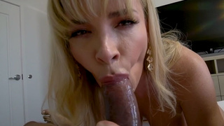 The best in mornings is blowjob by mommy