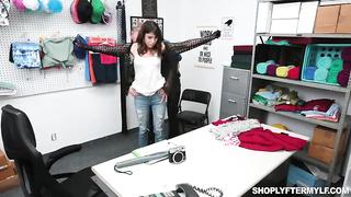 Shoplyfter Mylf - Vera King