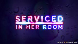 Brazzers - Serviced In Her Room (2019) Abigail Mac & Manuel Ferrara - HD Trailer 1080p