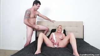 Huge cum load on mom`s pussy - Paris Rose