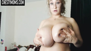 Huge Udders on Live Cams