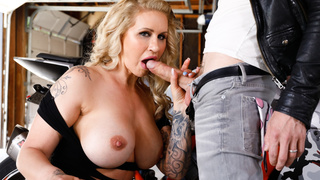 Curvy MILF Ryan Conner crazy and wild dick ride.