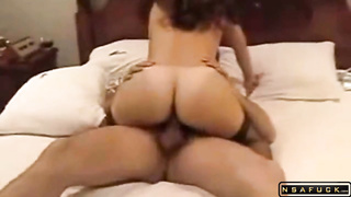 Tanned MILF butt riding some cougar dude