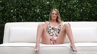 More then willing to blow him (2020) Emma