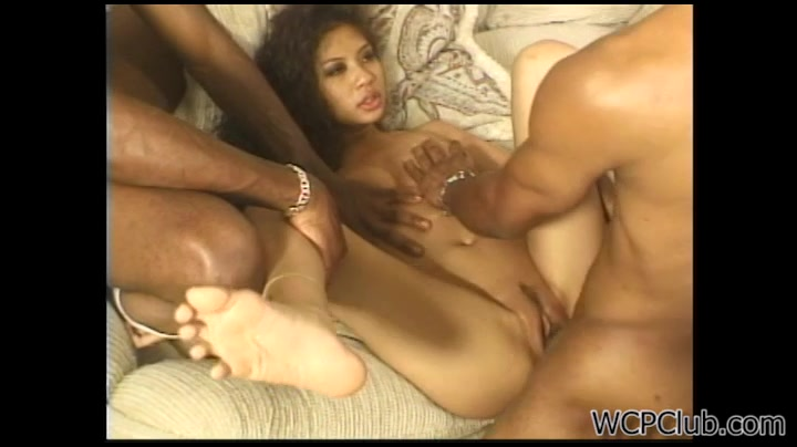 Amateur Threesome After Club