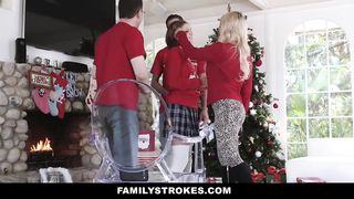 Family Strokes - Heathenous Family Holiday Card - Riley Mae - HD