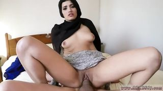 Free Porn - Sexy Muslim Girl 21 year old fucked in my hotel room HD [720p]