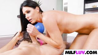 India Summer Fucks After Morning Workout