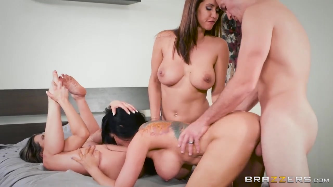 Porn stars group sex