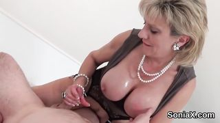 Unfaithful british milf gill ellis presents her large naturals