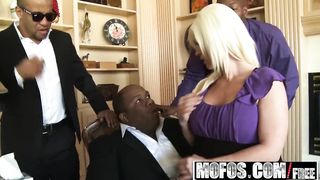 Milfs Like It Black - Campaigning for Cock - Kaylee Brookshire