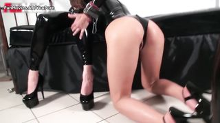 Fun Movies - Lesbian latex amateur threesome