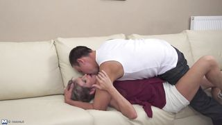 Posh amateur MILF suck and fuck young boy