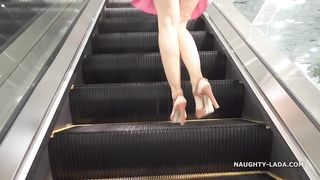 No pantiesMALL shopping public flashing upskirt