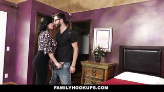 Family porn video - Veronica Avluv stepmom fuck her step son - HD 720p - 2018