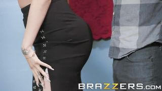 Brazzers - Pornstar Personal Shopper - Raven Bay and Xander Corvus - HD 720p