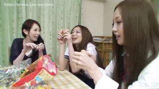 Full Porn Videos Japanese father and 2 daughters HD [Uncensored]