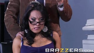 Asa Akira in sexual troubles