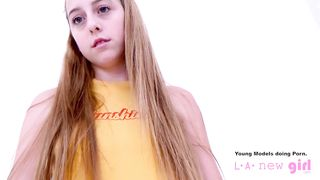 Los Angeles Teen 18 first time on porn casting