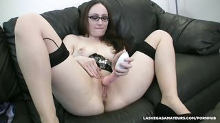 Crystal Clark solo up close masturbation