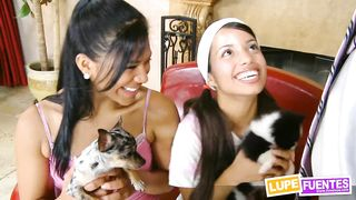 Innocent young Latina teens threesome