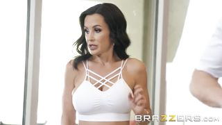 BRAZZERS - Our Queen Is Back - October 23, 2018 - Lisa Ann - HD 720p