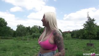 Dutch megatits blonde on porn casting