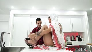 Free Porn Arab Muslim Sex in Hijab - Aysha X, Jordi El Niño Polla - HD 720p