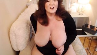 Mature Big Natural Tits BBW Play Solo Games With Her Fat Pussy 2018 HD 720p